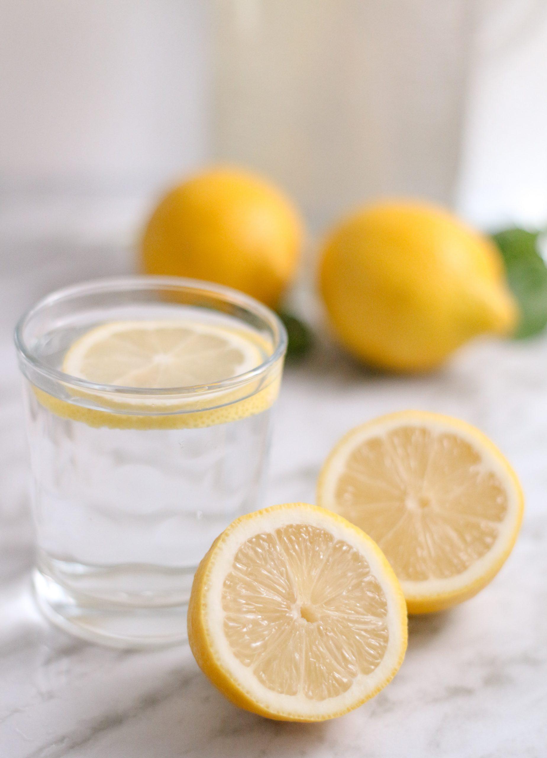 O poder do limão numa humilde xícara de chá