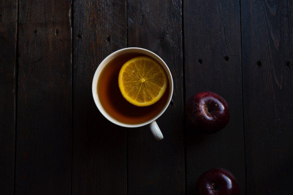 Truques para beber chá sem açucar